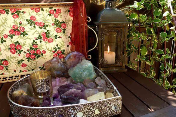 cuart roz suflet cristale 585x390 - Vindecă-ți sufletul cu ajutorul cristalelor-Cuarț roz
