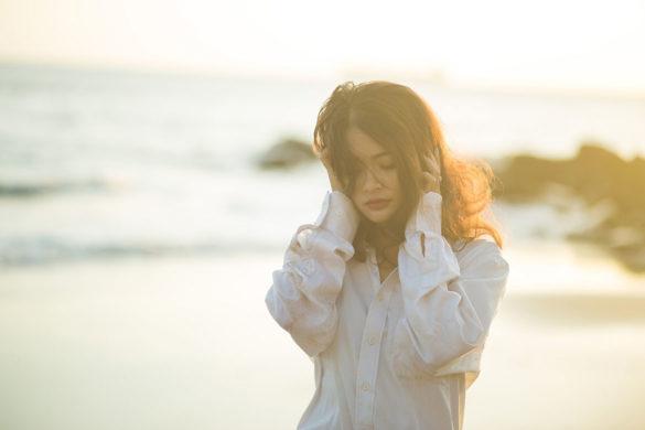 despartire parasire iubit relatie dragoste 585x390 - Cum reacționezi când ești părăsită?