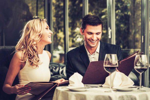 prima intalnire relatie 585x390 - Cum să-l impresionezi la prima întâlnire?