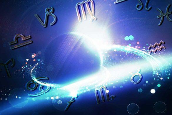 astrologie aprilie evenimente astrale 585x390 - APRILIE 2021: Urmează evenimente astrologice intense care ne pot schimba viața!